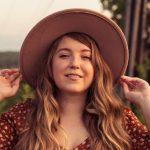 Conoce a Steffi Jeraldo destacada cantante hija de andacollino exiliado en Suecia